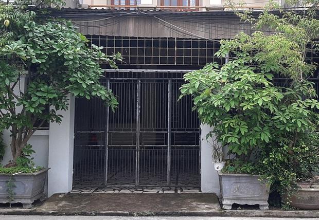 Vụ người phụ nữ nghi bị tạt axit trước cửa nhà: Bắt nghi phạm là 1 đôi nam nữ - Ảnh 1.