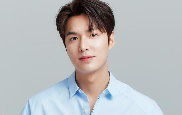 Lee Min Ho sao lại xuống sắc thế này: Tóc tai bù xù, mặt bê bết máu cùng thân hình phát tướng? - Ảnh 5.