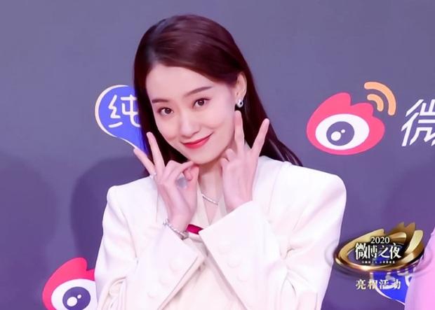 Hoàn Châu Cách Cách làm lại, truyền thông Hoa ngữ gọi tên cô gái vô danh này cho vai Tiểu Yến Tử của Triệu Vy? - Ảnh 2.