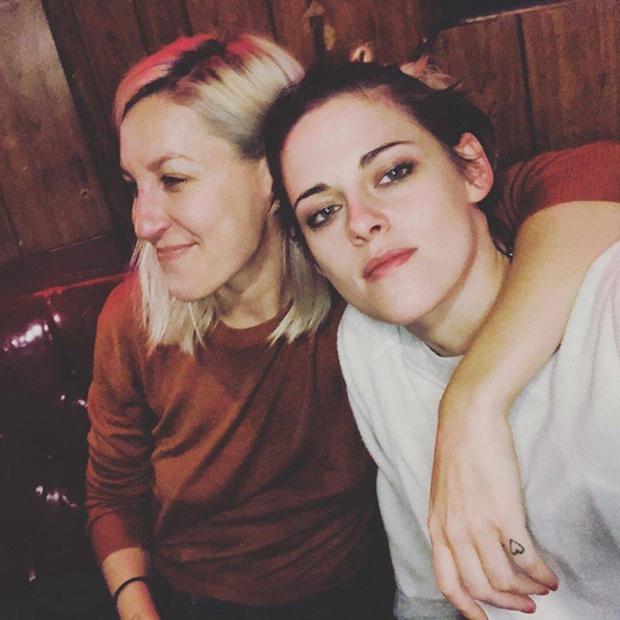 Rộ tin Kristen Stewart (Chạng Vạng) chia tay bạn gái sau 1 năm hẹn hò vì ngoại tình với nữ diễn viên phim Thor - Ảnh 3.