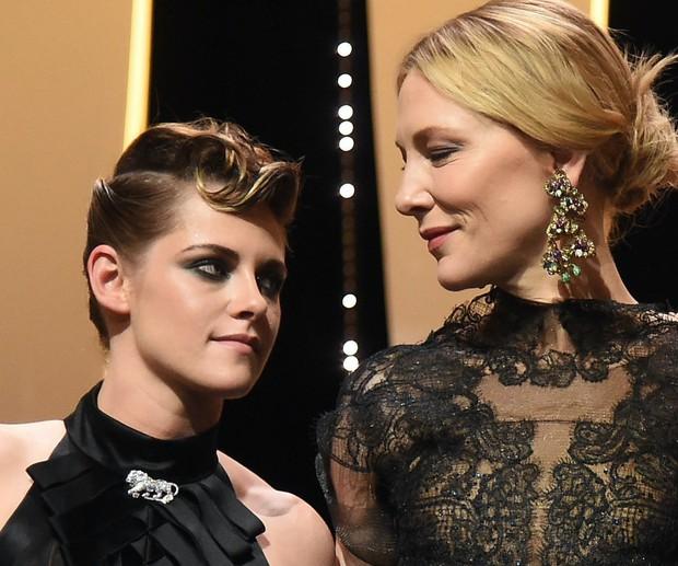 Rộ tin Kristen Stewart (Chạng Vạng) chia tay bạn gái sau 1 năm hẹn hò vì ngoại tình với nữ diễn viên phim Thor - Ảnh 4.