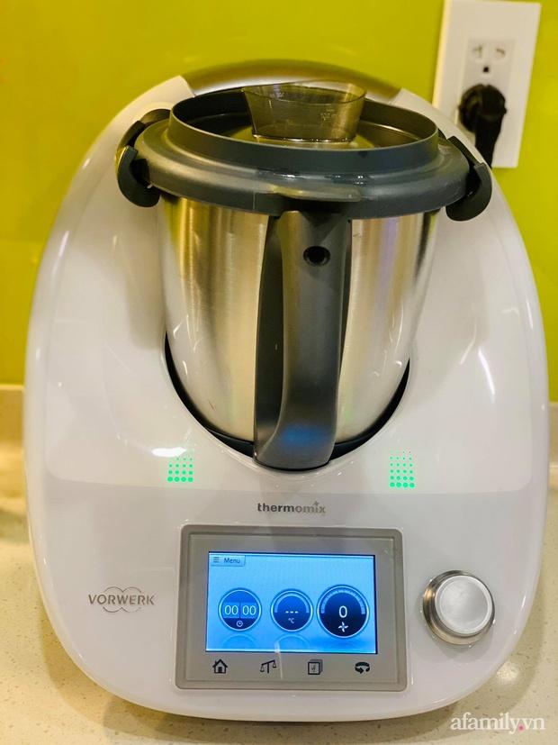 Robot nấu ăn giúp mẹ Sài Gòn nhàn tênh, cân được cả ngàn món nhưng vẫn phát hiện điểm trừ đáng tiếc này - Ảnh 11.