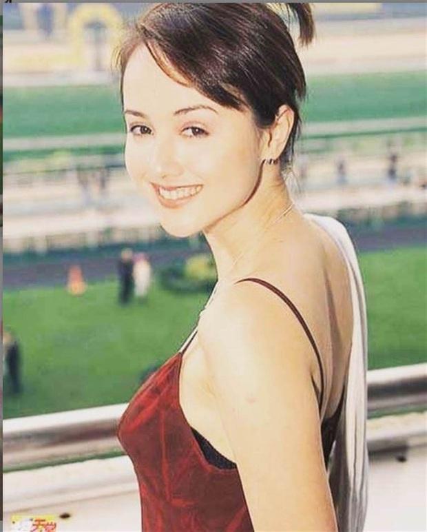 Bi kịch của Hoa hậu châu Á đẹp nhất: Mặt biến dạng, phải đi nhặt rác, nợ nần chồng chất - Ảnh 4.