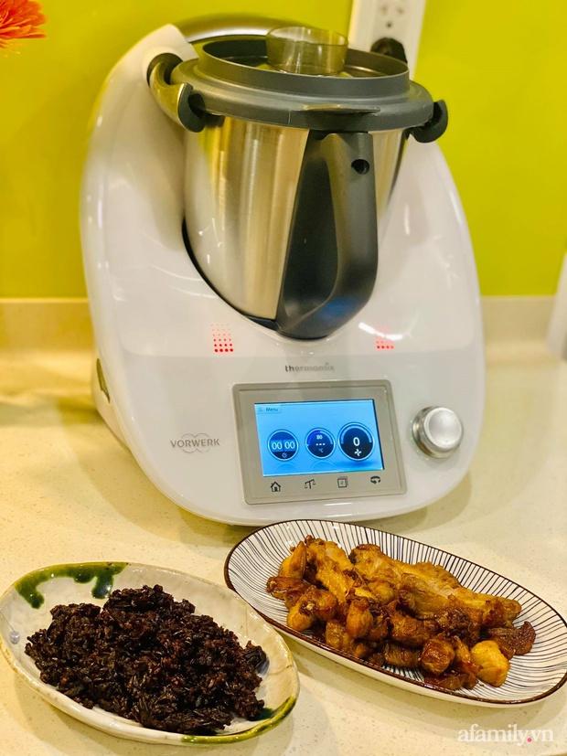 Robot nấu ăn giúp mẹ Sài Gòn nhàn tênh, cân được cả ngàn món nhưng vẫn phát hiện điểm trừ đáng tiếc này - Ảnh 4.