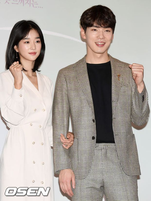 Nhìn Seo Ye Ji kiểm soát Kim Jung Hyun, netizen giật mình nhớ lại tin đồn sao nữ thao túng cả dàn bạn trai, khiến tình cũ tự tử - Ảnh 2.