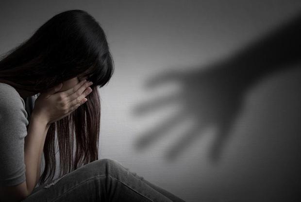 Thái Nguyên: Đến nhà bạn cùng lớp ăn cơm rồi uống rượu, nữ sinh lớp 10 bị hiếp dâm tập thể - Ảnh 1.