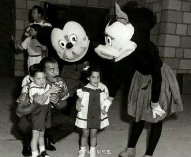 Sốc với Mickey phiên bản quá kinh dị 66 năm trước, MXH Hoa ngữ rúng động đến lên thẳng hot search - Ảnh 2.