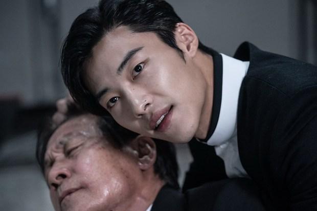 Bàn Tay Diệt Quỷ: Park Seo Joon ơi, anh đang làm cái gì thế này? - Ảnh 6.