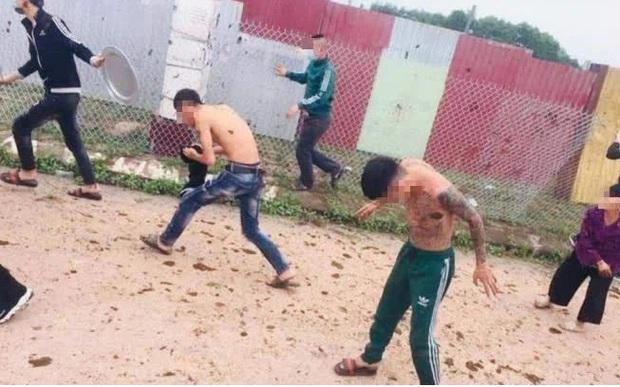 Nam thanh niên bị xử phạt vì xuyên tạc công lý chỉ là nghệ sĩ hài trong vụ ném phân trâu, bò ở Bắc Giang - Ảnh 2.