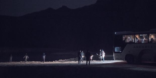 Phim Trung khiến đạo diễn treo cổ tự tử trước ngày công chiếu, vượt mặt Trương Nghệ Mưu thắng giải cao nhất - Ảnh 7.