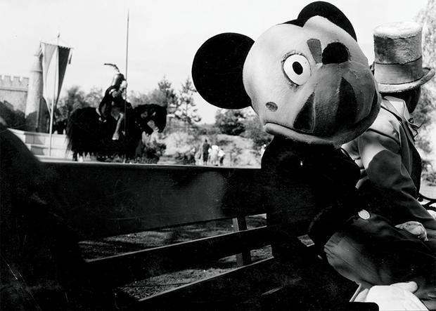 Sốc với Mickey phiên bản quá kinh dị 66 năm trước, MXH Hoa ngữ rúng động đến lên thẳng hot search - Ảnh 4.