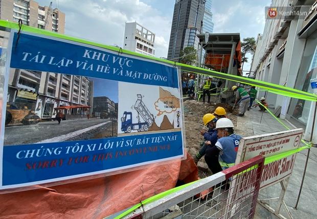Một phần rào chắn Metro tại đất vàng trung tâm Sài Gòn được tháo dỡ, quán xá rục rịch khai trương trở lại - Ảnh 12.