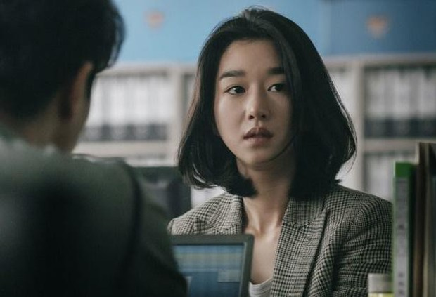 Seo Ye Ji rút lui gấp khỏi họp báo phim sau phốt điều khiển bạn trai, netizen hả hê: Ai bảo dám đụng vào SNSD! - Ảnh 4.