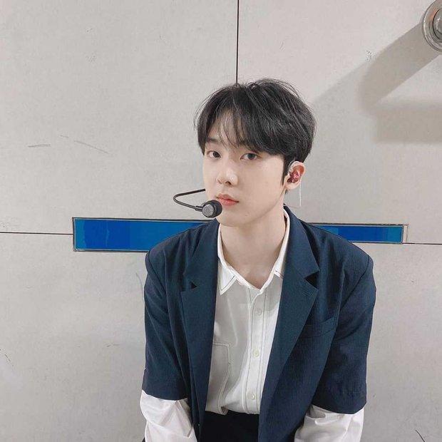 Thực hư chuyện Kpop tồn tại hội 4 anh chị em đều là idol, debut gần thập kỉ rồi mà tới giờ fan mới nhận ra? - Ảnh 10.