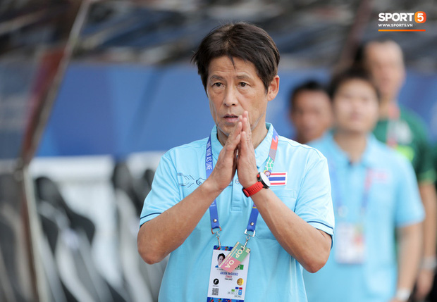Tuyển Thái Lan triệu tập ngôi sao đang chơi tại Premier League 2, sẵn sàng lật ghế tuyển Việt Nam - Ảnh 2.