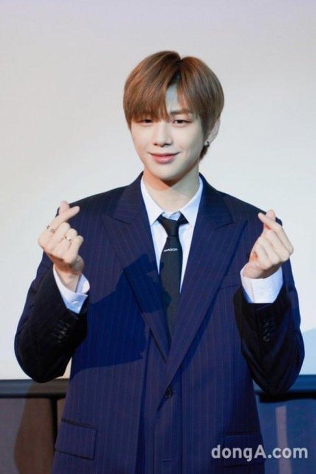 I.O.I cuối cùng cũng chốt ngày tái hợp; Kang Daniel gửi lời chúc mừng, hé lộ tương lai của Wanna One - Ảnh 4.