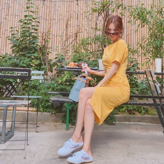 Em út 30 tuổi nhà SNSD - Seohyun có loạt outfit trẻ trung và nữ tính, xem mà muốn copy hết luôn! - Ảnh 10.