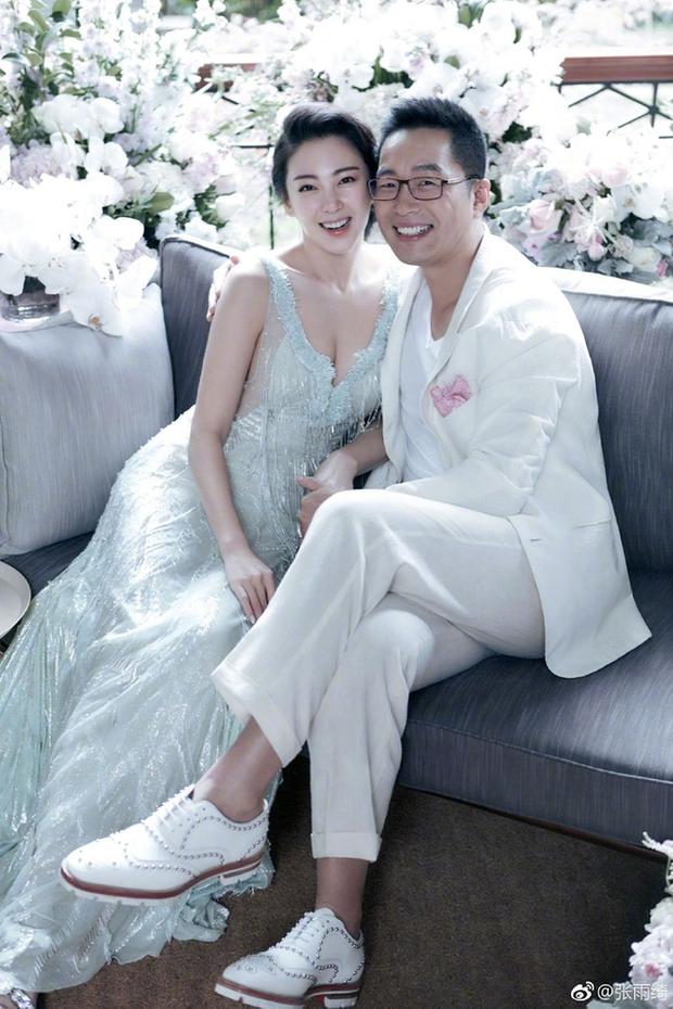 Mỹ nữ nóng bỏng nhất phim Châu Tinh Trì: Yêu nhanh cưới vội, cứ lấy chồng là gây rúng động - Ảnh 7.
