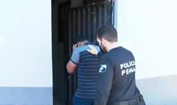 Gã trai nhẫn tâm giết chết bạn gái rồi nhét trong tủ quần áo, cảnh sát đến nhà điều tra thì chứng kiến cảnh tượng kinh hãi hơn - Ảnh 6.