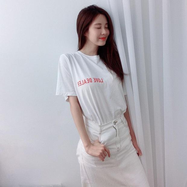 Em út 30 tuổi nhà SNSD - Seohyun có loạt outfit trẻ trung và nữ tính, xem mà muốn copy hết luôn! - Ảnh 9.