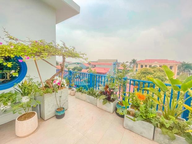 Ra ở riêng, vợ chồng xây căn nhà 4 tầng thơ mộng như homestay Đà Lạt, kể tai nạn thợ xây tự ý sửa bản vẽ - Ảnh 12.