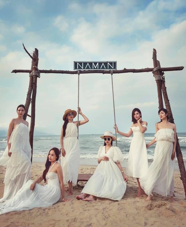 """Mẹ bầu Phanh Lee lên đồ """"sống ảo"""" cùng hội chị em, hé lộ vai trò đặc biệt của dàn mỹ nhân Vbiz với ái nữ hào môn sắp chào đời - Ảnh 4."""