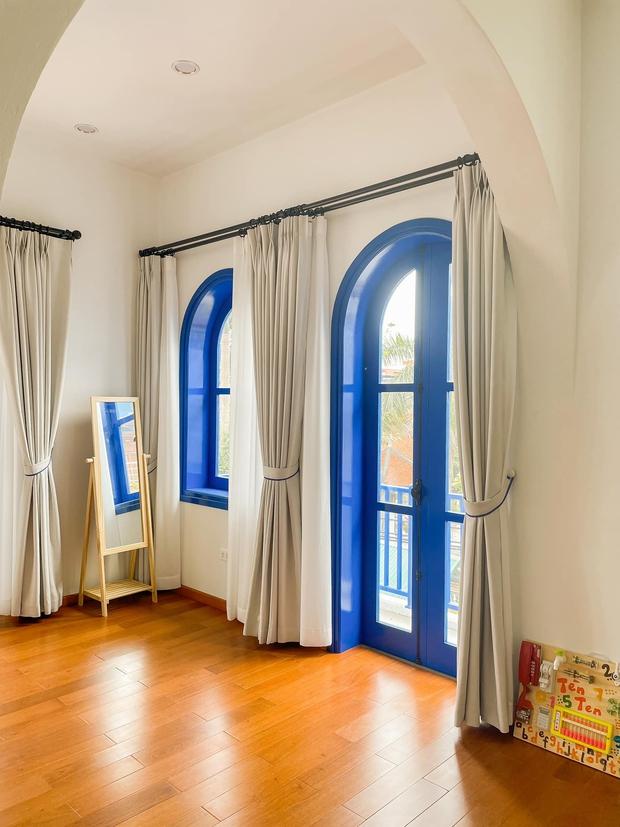 Ra ở riêng, vợ chồng xây căn nhà 4 tầng thơ mộng như homestay Đà Lạt, kể tai nạn thợ xây tự ý sửa bản vẽ - Ảnh 9.