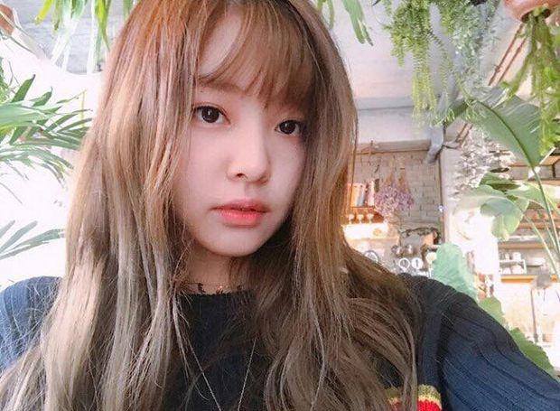 Jennie (BLACKPINK) tóc mới xinh điên đảo, background sến súa cũng được sang chảnh hóa thế này bảo sao được gọi là công chúa YG - Ảnh 13.