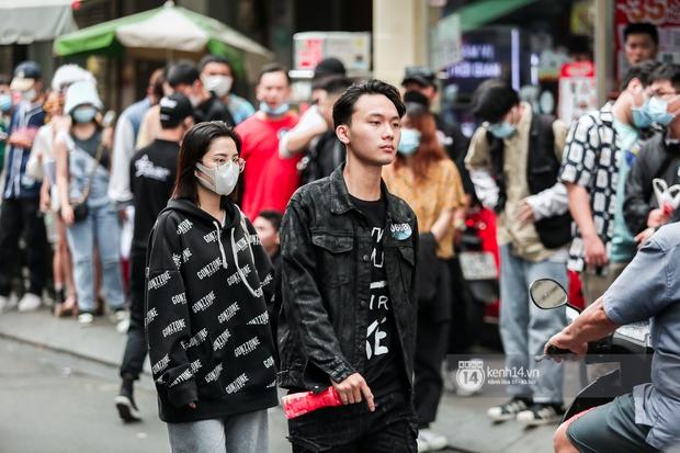 Casting Rap Việt ngày 2: Xuất hiện anh Hai Lúa diện áo bà ba khăn rằn, dàn nữ thời trang nổi bần bật! - Ảnh 8.