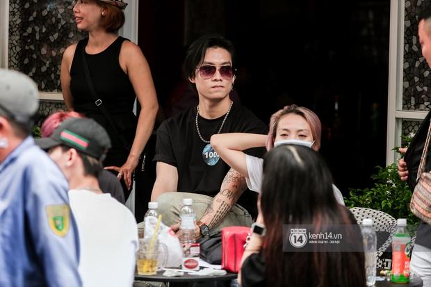Casting Rap Việt ngày 2: Xuất hiện anh Hai Lúa diện áo bà ba khăn rằn, dàn nữ thời trang nổi bần bật! - Ảnh 16.