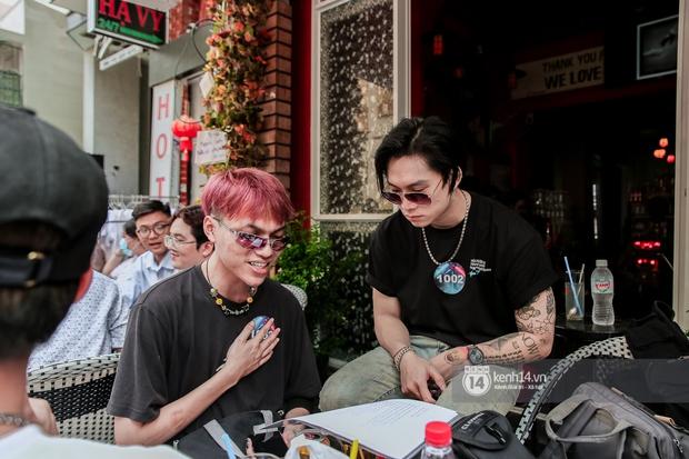 Casting Rap Việt ngày 2: Xuất hiện anh Hai Lúa diện áo bà ba khăn rằn, dàn nữ thời trang nổi bần bật! - Ảnh 17.