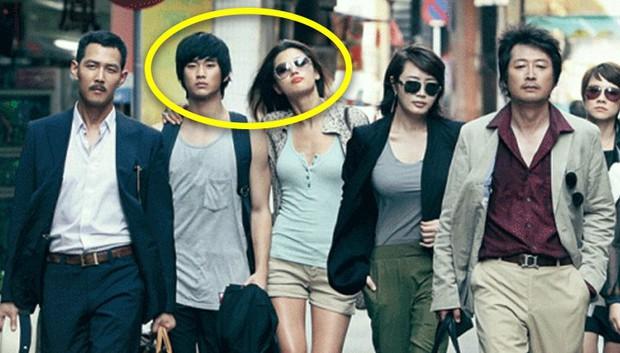 Knet đào lại bài phỏng vấn cũ của Kim Soo Hyun: Thú nhận từng yêu 9 người, làm rõ mối quan hệ với Jeon Ji Hyun - Suzy - Ảnh 5.
