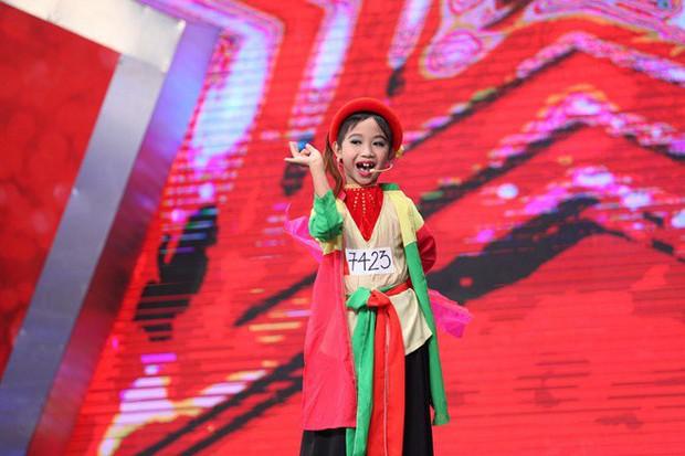 Thị Mầu Đức Vĩnh gây sốt trở lại với màn cover hit Hương Tràm sau 6 năm đăng quang Vietnams Got Talent - Ảnh 1.