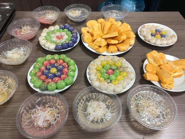 Đại hội nặn bánh trôi của dân mạng nhân dịp Tết Hàn thực: Tác phẩm nào cũng đẹp xuất sắc, ai khéo tay lắm mới làm được! - Ảnh 2.