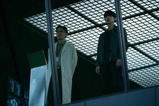 Người Nhân Bản: Nội dung Gong Yoo và Park Bo Gum cũng không đủ cứu bộ phim lê thê, hụt hẫng? - Ảnh 5.