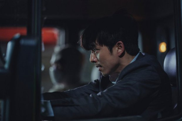 Người Nhân Bản: Nội dung Gong Yoo và Park Bo Gum cũng không đủ cứu bộ phim lê thê, hụt hẫng? - Ảnh 8.
