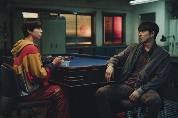 Người Nhân Bản: Nội dung Gong Yoo và Park Bo Gum cũng không đủ cứu bộ phim lê thê, hụt hẫng? - Ảnh 10.