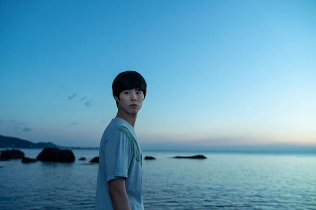 Người Nhân Bản: Nội dung Gong Yoo và Park Bo Gum cũng không đủ cứu bộ phim lê thê, hụt hẫng? - Ảnh 13.