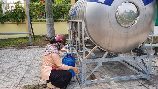 TP. Thủ Đức và 3 quận sẽ bị cúp nước 24 giờ liên tục, người dân cần có kế hoạch dự trữ nước sạch để sử dụng - Ảnh 1.
