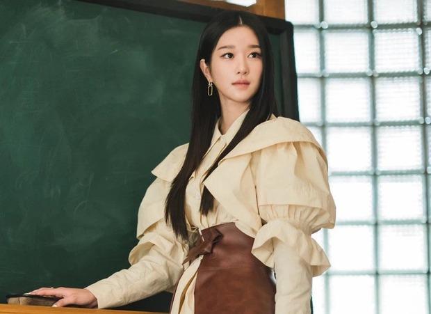 Cái kết của 5 sao kiểm soát người yêu quá mức: Seo Ye Ji lộ thêm gần chục phốt, Lâm Tâm Như nhận cái kết bất ngờ - Ảnh 11.