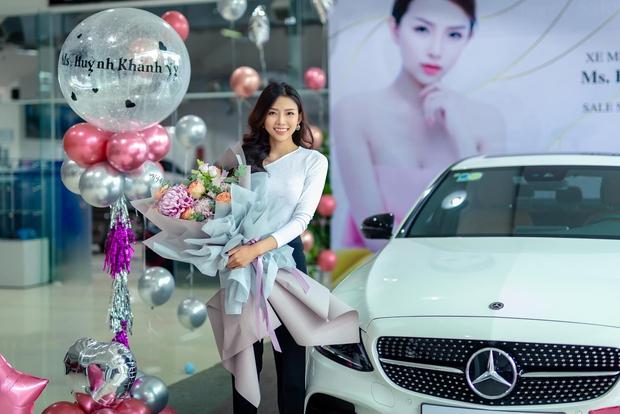 Tất tần tật về vợ sắp cưới của Phan Mạnh Quỳnh: Hot girl sở hữu 160 ngàn follow, body cực bốc còn cuộc sống sang chảnh ra sao? - Ảnh 10.