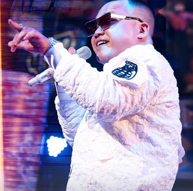 Biểu cảm của Rhymastic khi xem Blacka cast Rap Việt mùa 2 khiến netizen thích thú! - Ảnh 5.
