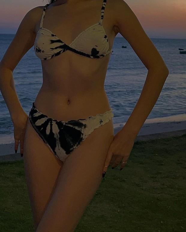 Trận chiến bikini đôi khi chẳng cần xôi thịt, gái Việt được đề cử top 100 gương mặt đẹp nhất thế giới đã chứng minh! - Ảnh 3.