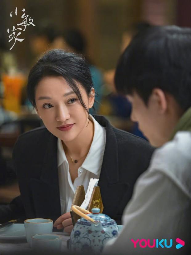 Châu Tấn trẻ ra chục tuổi, visual y hệt thời Anh Hùng Xạ Điêu 18 năm trước ở phim mới - Ảnh 1.
