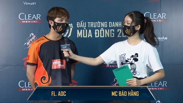 Trên tay MC Bảo Hằng, nhan sắc ngày càng thăng hạng, xứng đáng nàng thơ mới của Đấu Trường Danh Vọng - Ảnh 2.