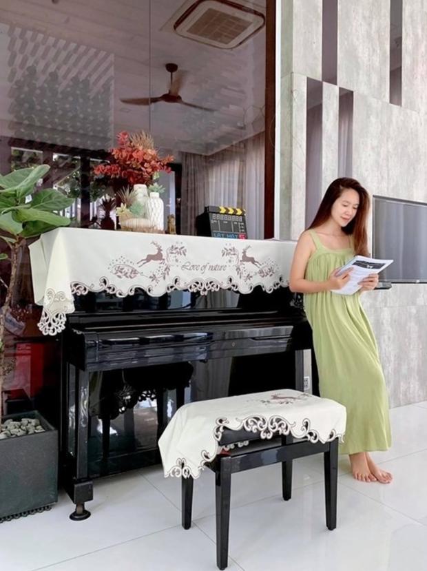 Độ giàu có của vợ chồng Lý Hải - Minh Hà: Sống trong biệt thự 40 tỷ, không gian xanh mướt cực mát mắt - Ảnh 4.