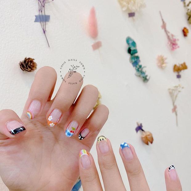 Mẫu nail của Rosé đang là hot trend ở các tiệm, chị em tậu một bộ là chuẩn trend mùa hè - Ảnh 9.