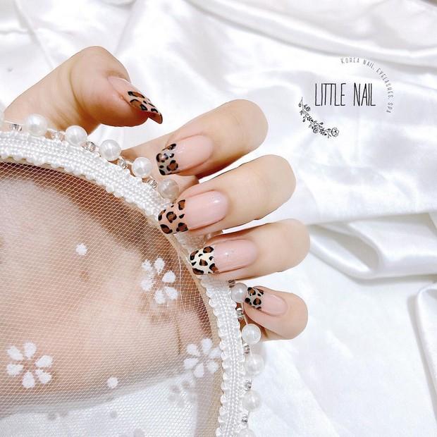 Mẫu nail của Rosé đang là hot trend ở các tiệm, chị em tậu một bộ là chuẩn trend mùa hè - Ảnh 15.