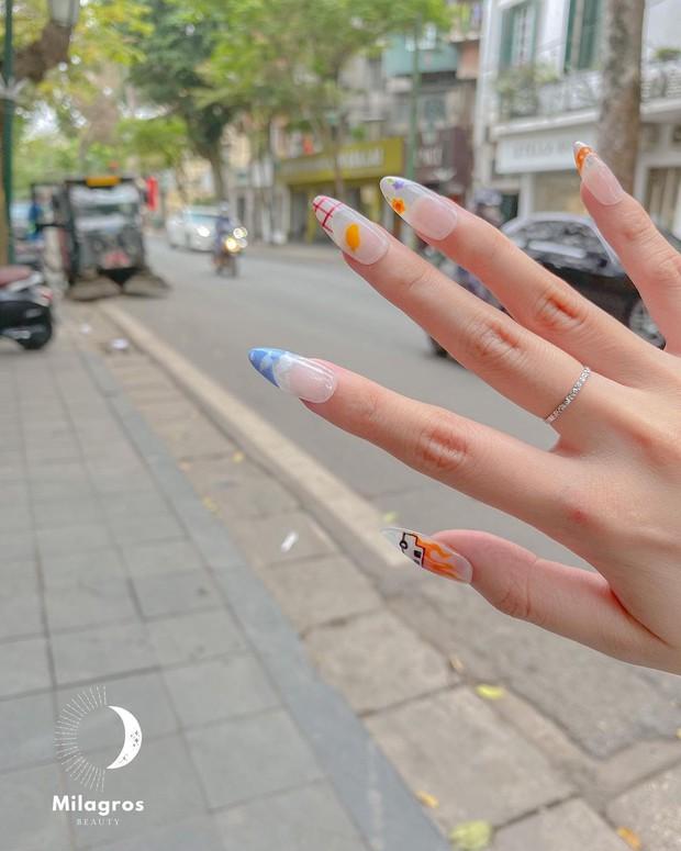 Mẫu nail của Rosé đang là hot trend ở các tiệm, chị em tậu một bộ là chuẩn trend mùa hè - Ảnh 11.