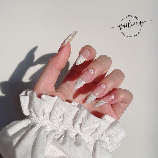 Mẫu nail của Rosé đang là hot trend ở các tiệm, chị em tậu một bộ là chuẩn trend mùa hè - Ảnh 13.